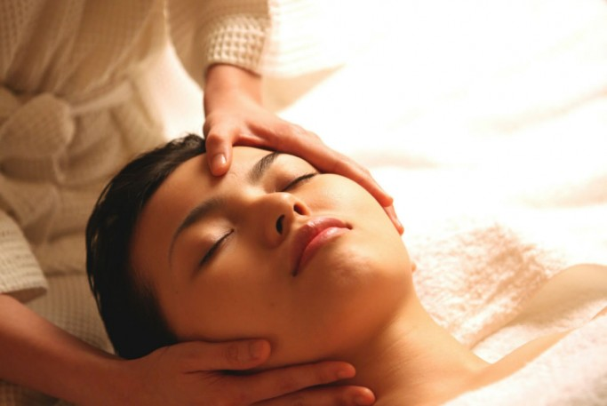 Aromatic Head & Shoulder Massage Singapore