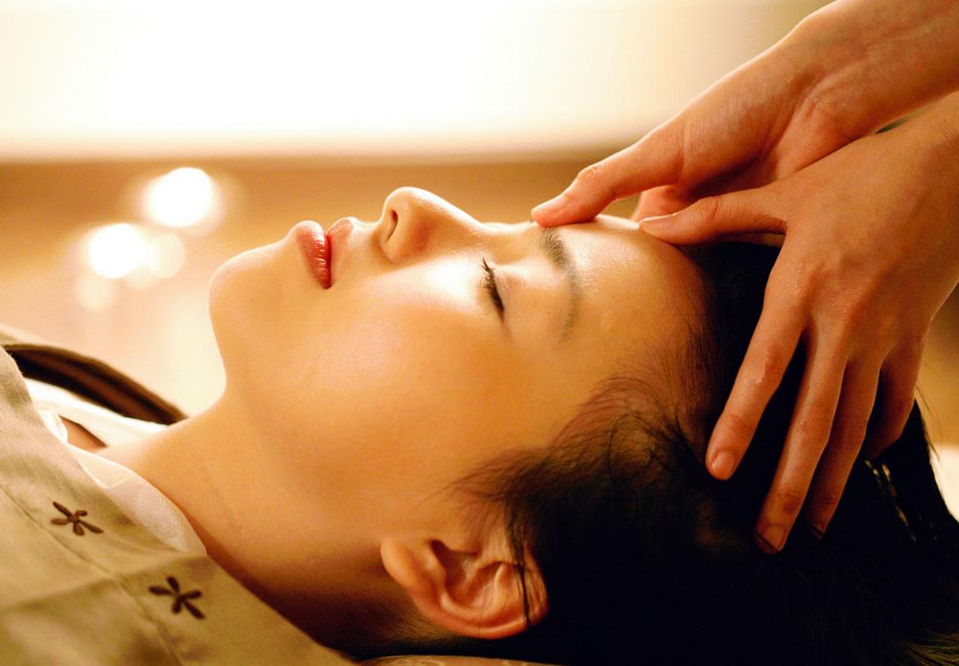 Sleep Tight Head Massage Singapore